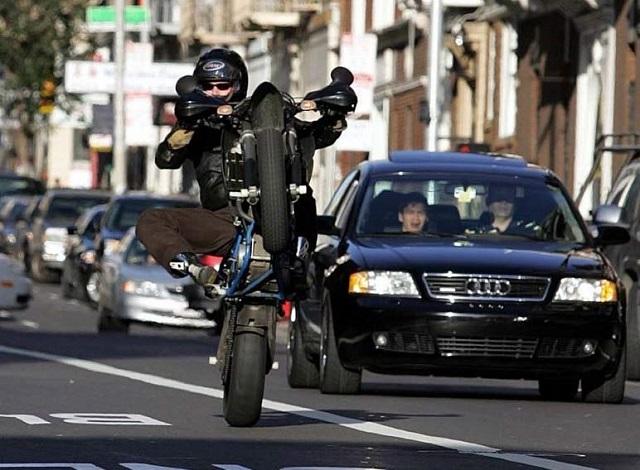 visual-dictionary-motorcycle-terms-hooning
