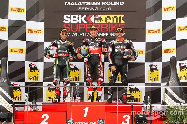 wsbk-sepang-2015-podium-course-2-le-deuxi-me-jonathan-rea-kawasaki-le-vainqueur-chaz-davie