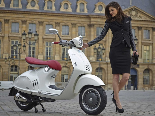 i-have-2-concerns-about-vespas-all-new-10000-scooter