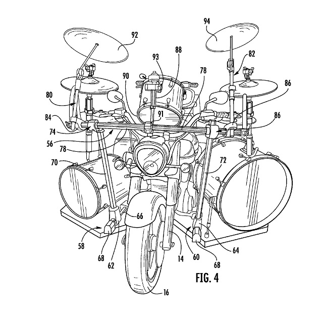 022317-motorcycle-trike-drums-patent-US20170050694-fig-4