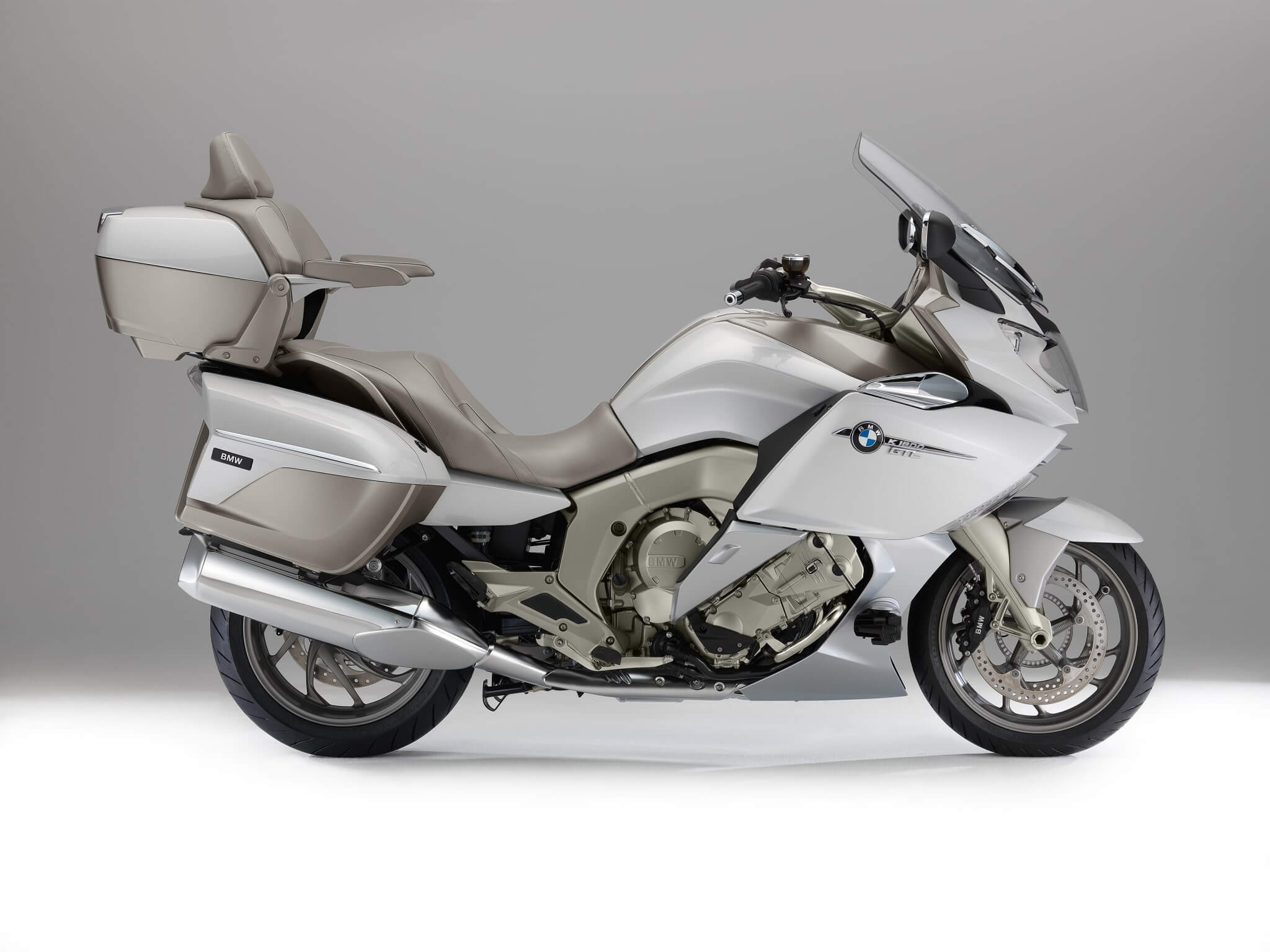 2014-bmw-k1600gtl-exclusive-official-pictures-photo-gallery_3