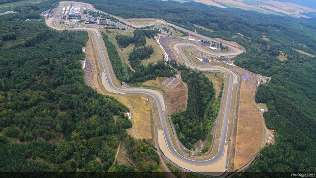 motogp-official-test-at-brno-over-circuit-confirmed-for-2015-photo-gallery_12