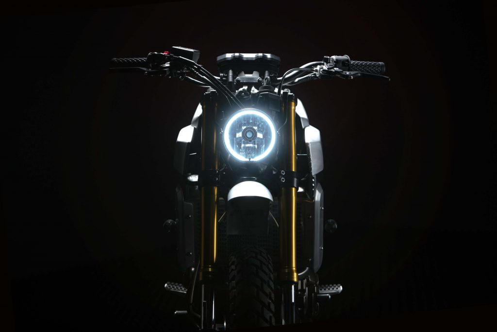 042616-yard-built-yamaha-xsr700-6