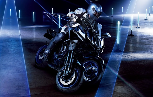 yamaha-unveils-the-mwt-9-leaning-multi-wheeler-video-photo-gallery_7