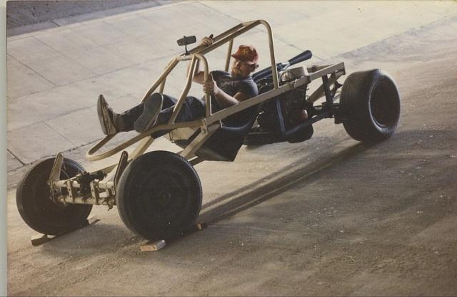 narrow-track-vehicle-non-tilting-wheels-ntvntw-concept-13