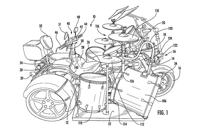 022317-motorcycle-trike-drums-patent-US20170050694-fig-1